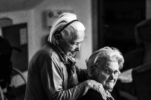 Персонал дома престарелых под Саратовом бросил своих подопечных