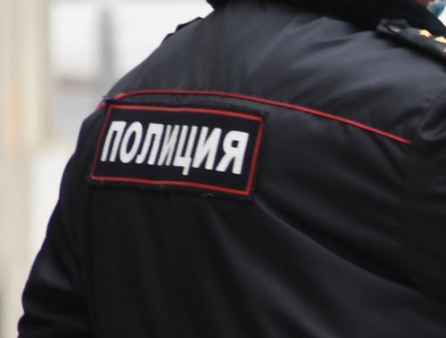 Подростки устроили драку со стрельбой из сигнального устройства в Санкт-Петербурге