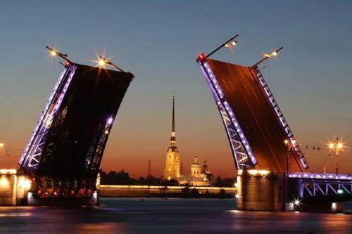В Петербурге в сентябре зафиксировали рекордную смертность десятилетия