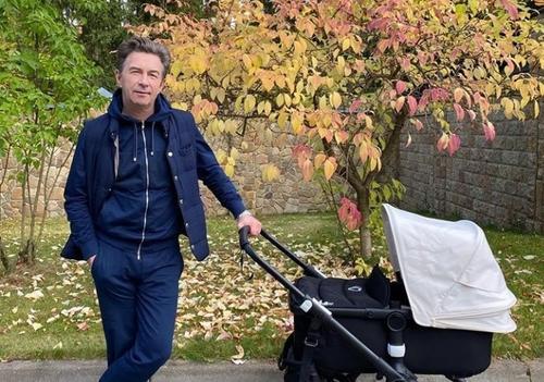 Валерий Сюткин поделился эмоциями от рождения четвертого ребенка в 62 года