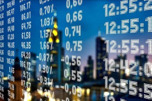 Профессор Коган считает, что сохранить в России капиталы сможет только надежный инвестклимат