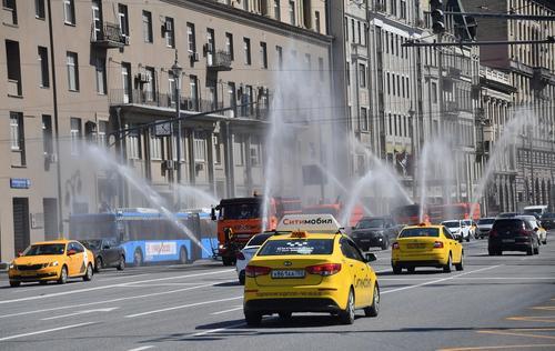 В Москве стало не хватать водителей такси