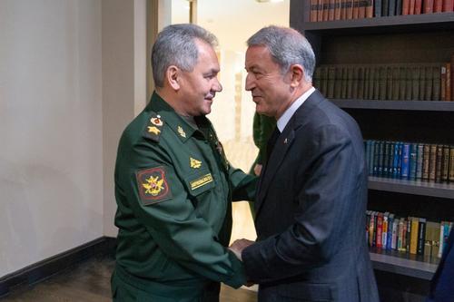 Глава Минобороны Турции в разговоре с Шойгу выдвинул требования к Армении по Нагорному Карабаху