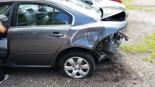 В Москве мужчина погиб на Новорязанском шоссе, выйдя из своей машины
