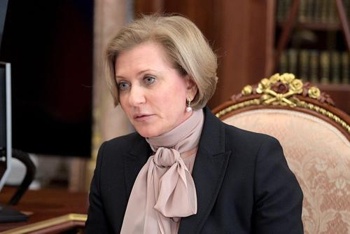 Попова заявила о безответственном отношении россиян к мерам эпидбезопасности