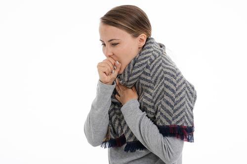 Доктор Мясников перечислил причины хронического кашля, кроме заболеваний органов дыхания