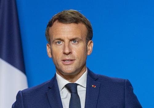 Трамп в рамках митинга ошибочно назвал президента Франции Макрона премьер-министром
