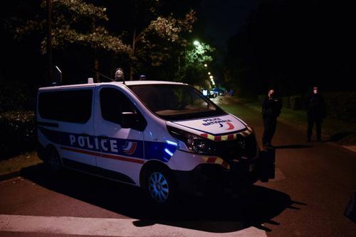 Одиннадцатый человек задержан по делу об убийстве учителя во Франции