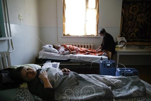 Пандемия коронавируса охватывает Нагорный Карабах, в военное время борьба с ней затруднена