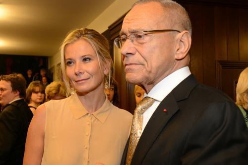 Юлия Высоцкая призналась, что не знает, кто такая «счастливая женщина»
