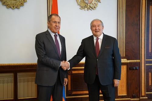 Президент Армении оценил роль России в урегулировании конфликта в Карабахе