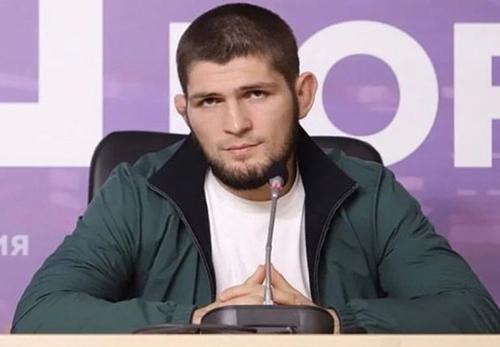 Песков оценил 29-ю победу Нурмагомедова и решение завершить карьеру