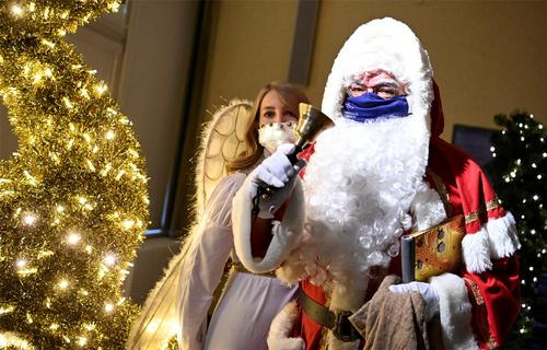 США отказались от рекламы вакцины Санта-Клаусами