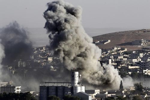 «Репортер»: удар ВКС РФ по параду боевиков в Идлибе мог стать ответом Турции на отправку наемников в Карабах