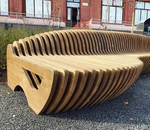 3,3 миллиона рублей за три скамейки!