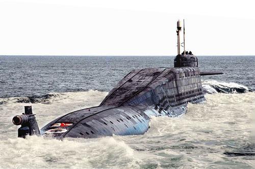 Сайт Avia.pro: к берегам Великобритании подошли три российские атомные подлодки