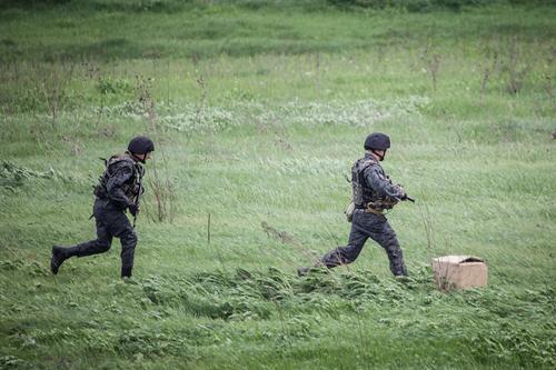 Бегство армянских военных перед уничтожением Азербайджаном системы «Смерч» попало на видео
