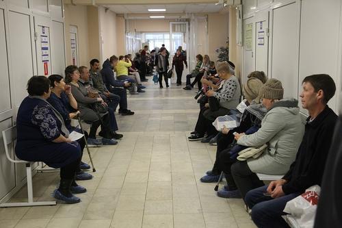 «Ковидные» очереди: хабаровчане пожаловались на хаос в поликлиниках