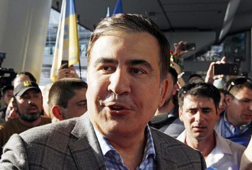 Михаил Саакашвили снял свою кандидатуру с должности премьера Грузии