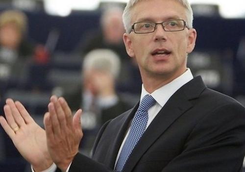 Премьер-министр Латвии: Я не хочу экспериментировать с обществом
