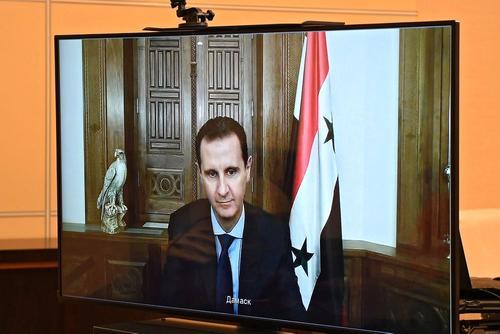 Асад считает, что проблему беженцев многие государства мира пытаются политизировать