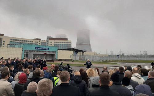 Всё против Лукашенко.  «Ядерный диктатор» Белоруссии теряет доверие даже неодушевлённых предметов