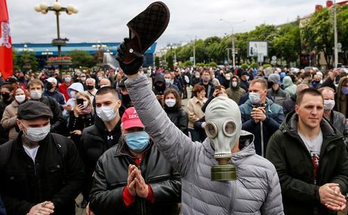 Политический кризис в Белоруссии обретает форму тирании