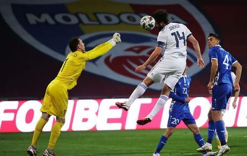 Сборные Молдовы и России сыграли вничью — 0:0
