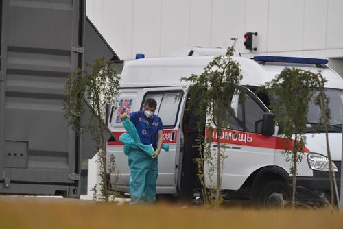 В России за сутки скончались 411 пациентов с COVID-19