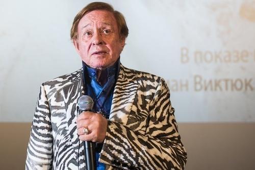 В Москве прощаются с Романом Виктюком. Из родных приехала племянница