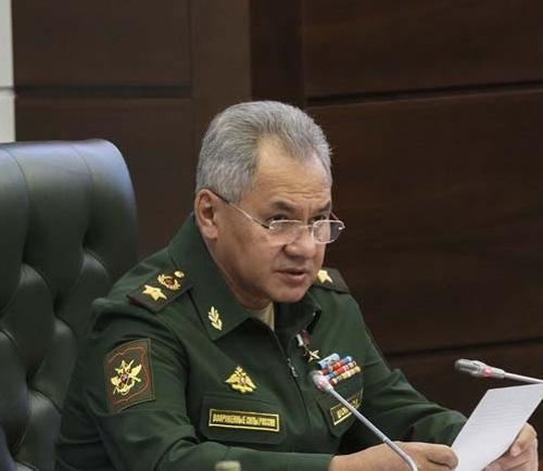 После визита в Ереван Шойгу прибыл в Баку на встречу с властями Азербайджана