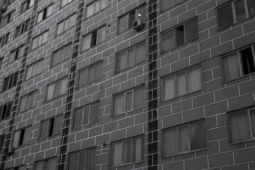 Мать выброшенного с балкона в Петербурге мальчика-аутиста рассказала об инциденте