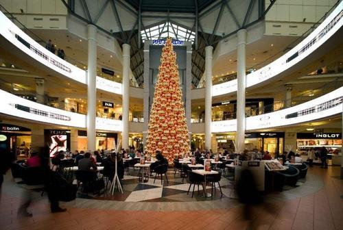 Более 50 «безмасочников» выявили в торговых центрах ЦАО 23 ноября