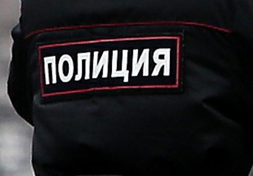 Полиция ведет переговоры с петербуржцем, захватившим в заложники детей