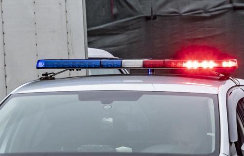 На захватившего детей в пригороде Петербурга мужчину заявила в полицию супруга