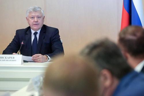 Пискарев заявил, что ГД может обсудить вопрос о разрешении использовать охотничье оружие с 16 лет