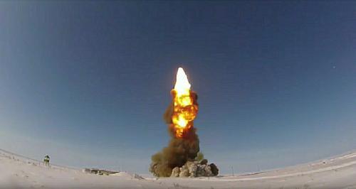 Минобороны РФ опубликовало видео испытаний новой ракеты российской системы ПРО