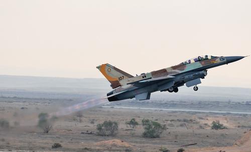 Ресурс Avia.pro: израильские истребители F-15 провоцировали военных России в Сирии на ракетный удар