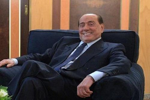 Сильвио Берлускони прописали полный покой и запретили какую-либо деятельность