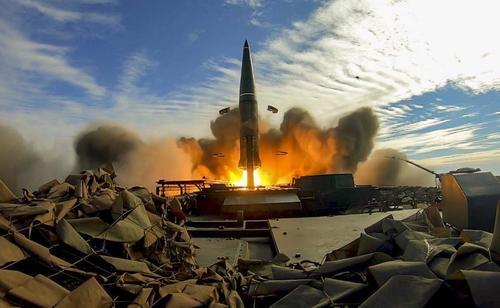 Sohu: любое средство ПВО беспомощно перед ракетами российского «Искандера-М»