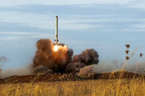 Опубликовано видео запуска предположительно ракет «Искандер» по армии Азербайджана во время войны в Карабахе