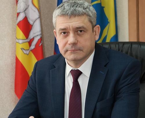 Мэр Миасса Григорий Тонких ушел на самоизоляцию с подозрением на COVID-19
