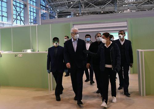 Собянин открыл реанимационное отделение резервного госпиталя на ВДНХ