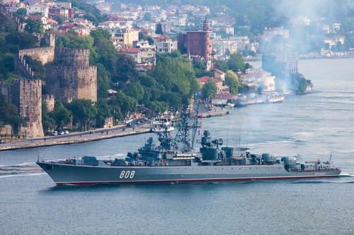 Бывший полковник Баранец: НАТО «сломает зубы», если «попробует сунуться» в Крым