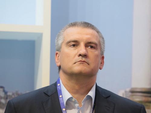 Аксёнов пригрозил подрядчикам обращениями в прокуратуру и Счётную палату
