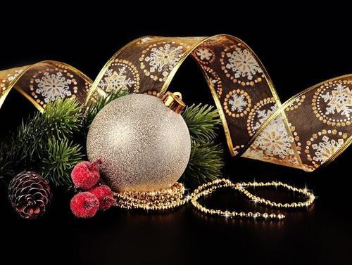 Финансовый консультант Доржиев рассказал, как сэкономить на Новый год и не потерять праздничное настроение