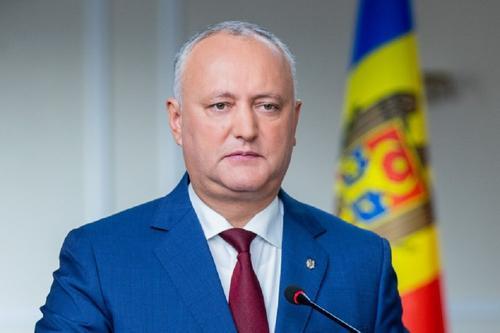 Додон считает, что Санду не выгодно отправлять правительство Молдавии  в отставку