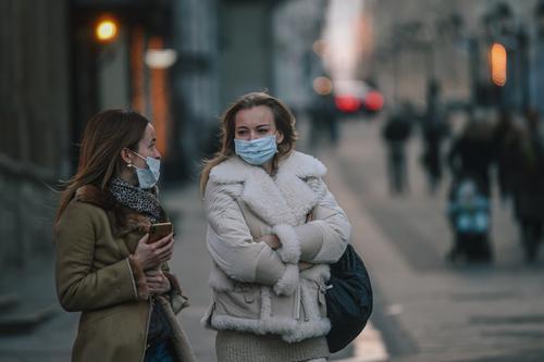 Эпидемиолог Горелов сравнил ситуацию с коронавирусом в Москве и регионах
