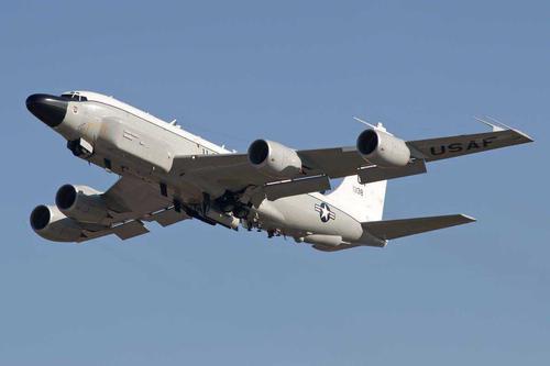 МиГ-31 совершил перехват самолета-разведчика ВВС США RC-135 над Беринговым морем