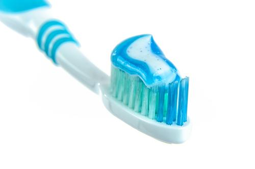 Учёные доказали способность зубной пасты победить коронавирус COVID-19 на 99,9% за две минуты